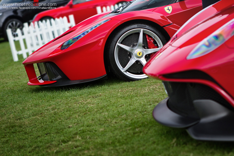 LaFerrari supercar automotive