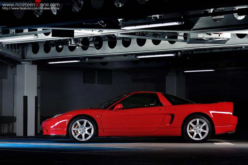 bowens lights car photography
