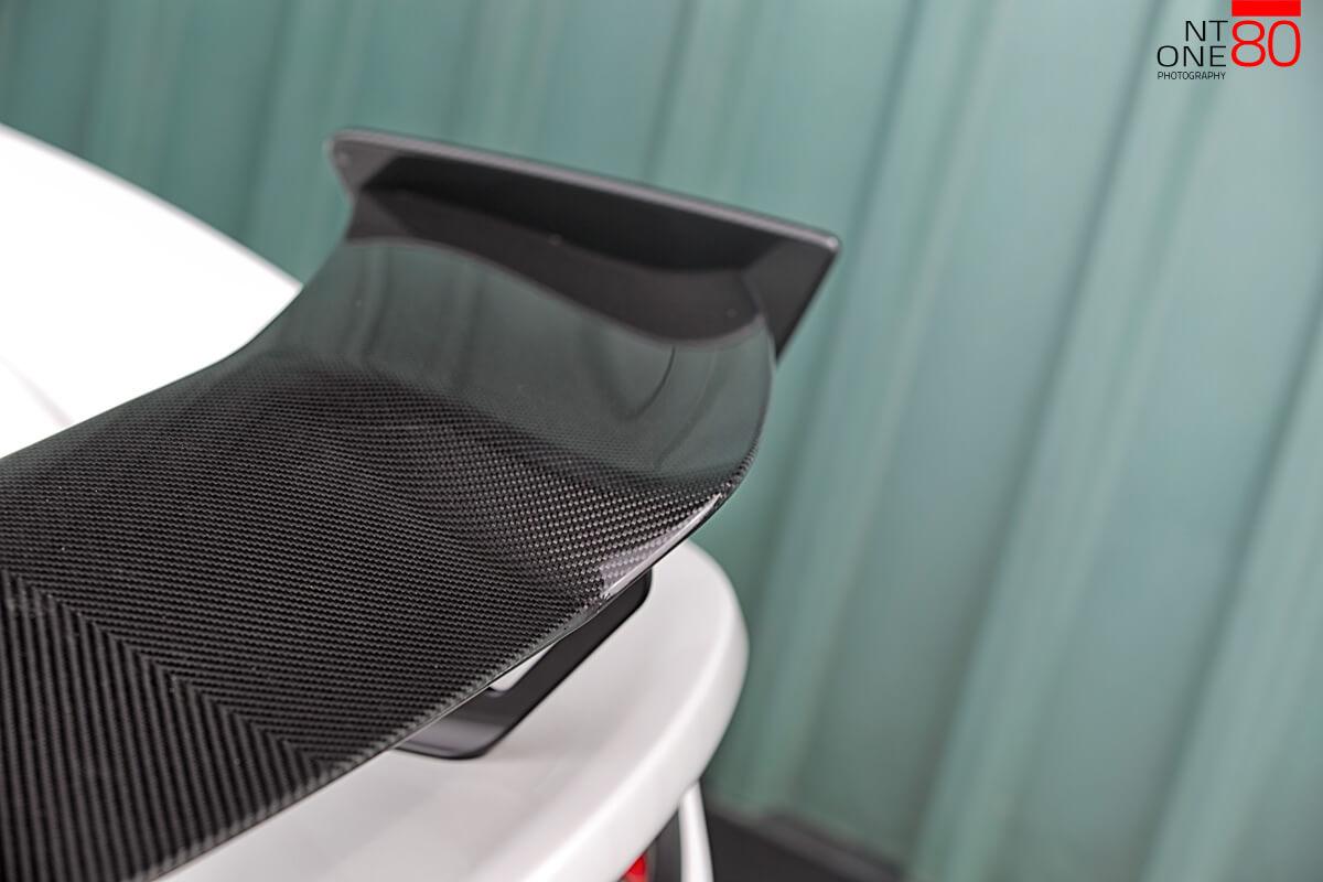 Lotus Carbon spoiler