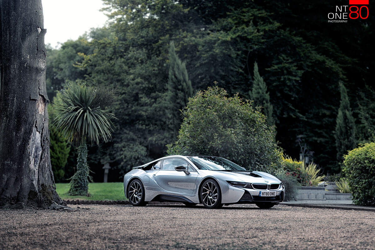 BMW i8 supercar