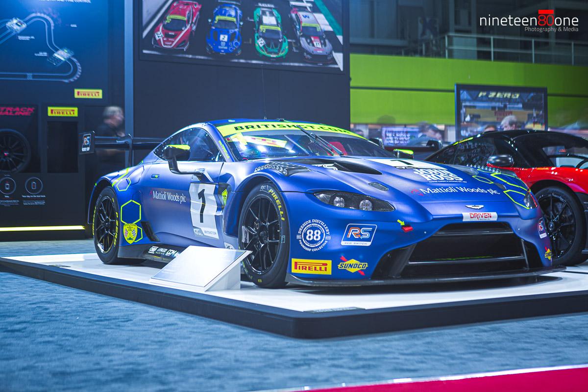 autosport aston martin racing